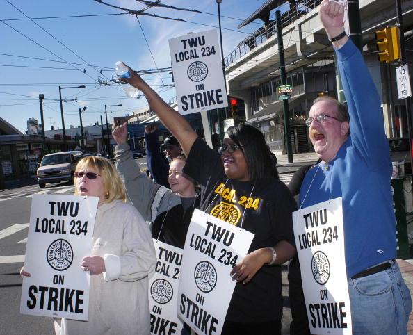Trolley Bus「Philadelphia Transit Unions Go On Strike」:写真・画像(9)[壁紙.com]