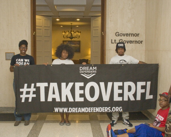 Mickey Adair「Dream Defenders At The Florida Governor's Office」:写真・画像(10)[壁紙.com]