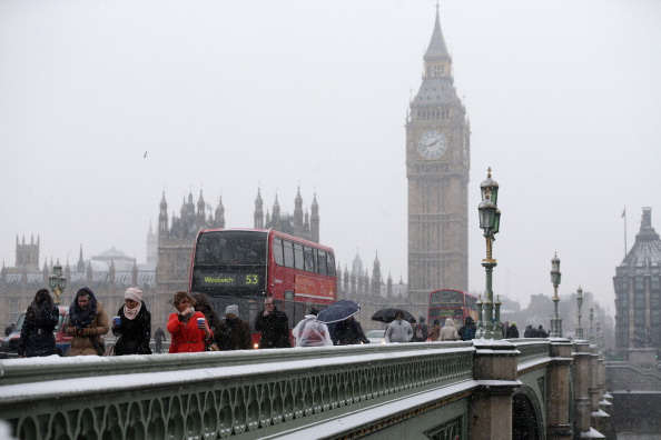 雪「UK Hit By Heavy Snow Fall」:写真・画像(15)[壁紙.com]