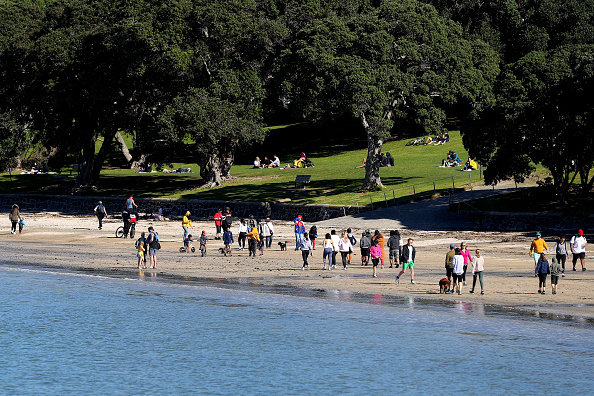 Auckland「Auckland Level 3 COVID-19 Restrictions Remain In Place As New Zealand Works To Contain Community Coronavirus Outbreak」:写真・画像(6)[壁紙.com]