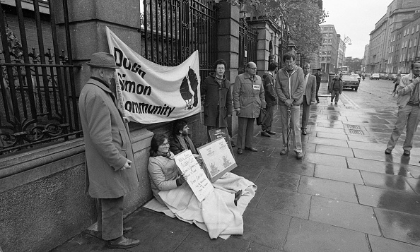 City Life「Dublin Simon Community outside Dail Eireann 1986」:写真・画像(2)[壁紙.com]