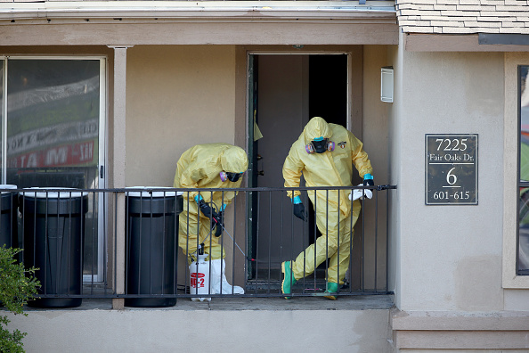 Apartment「Residents Quarantined In Dallas Apartment Where Ebola Patient Had Stayed」:写真・画像(1)[壁紙.com]