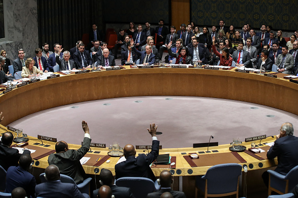 Chemical「UN Security Council Votes On US And Russian Resolutions After Syria Gas Attack」:写真・画像(12)[壁紙.com]