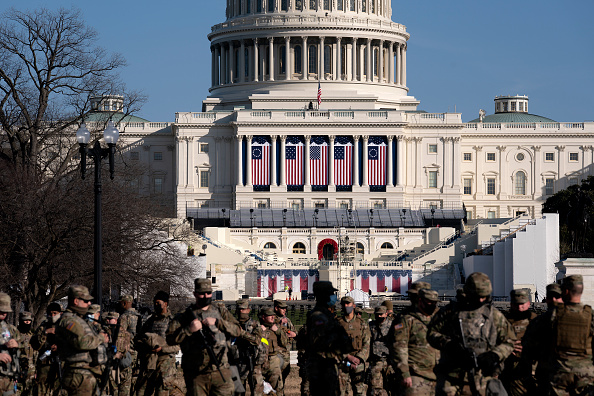 Security「Washington, DC Prepares For Potential Unrest Ahead Of Presidential Inauguration」:写真・画像(5)[壁紙.com]