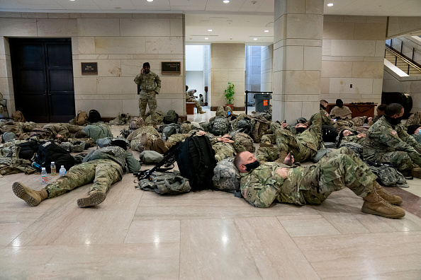 National Guard「Washington, DC Prepares For Potential Unrest Ahead Of Presidential Inauguration」:写真・画像(9)[壁紙.com]