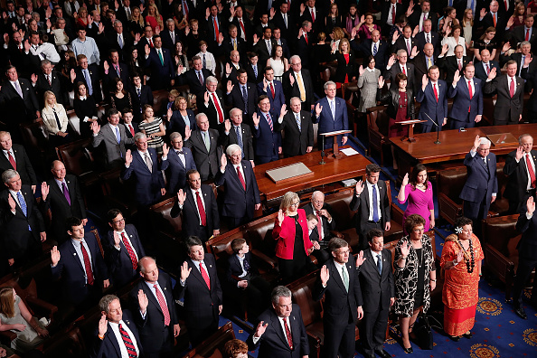 Congress「A Changing Of The Guard As The 115th U.S. Congress Convenes」:写真・画像(18)[壁紙.com]