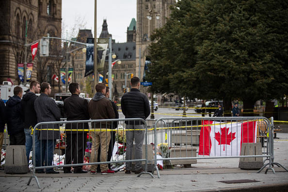 Nathan Burton「Ottawa On Alert After Shootings At Nation's Capitol」:写真・画像(11)[壁紙.com]