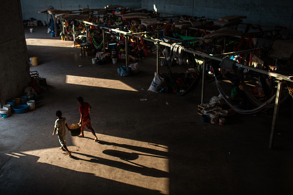 Refugee「Escaping Hunger And Chaos, Venezuelans Take Refuge In Brazilian Border Towns」:写真・画像(3)[壁紙.com]