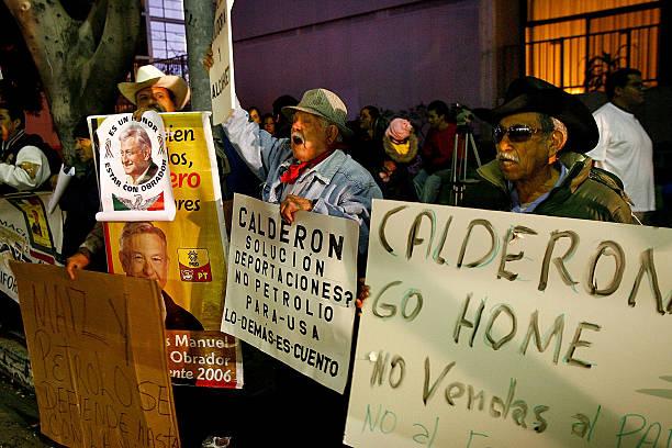 Mexican Immigrant Groups Protest Calderon Visit To U.S:ニュース(壁紙.com)