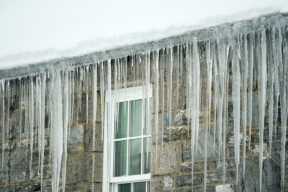 Weather「Big Freeze Brings Snow, Ice and Flooding To The UK」:写真・画像(3)[壁紙.com]