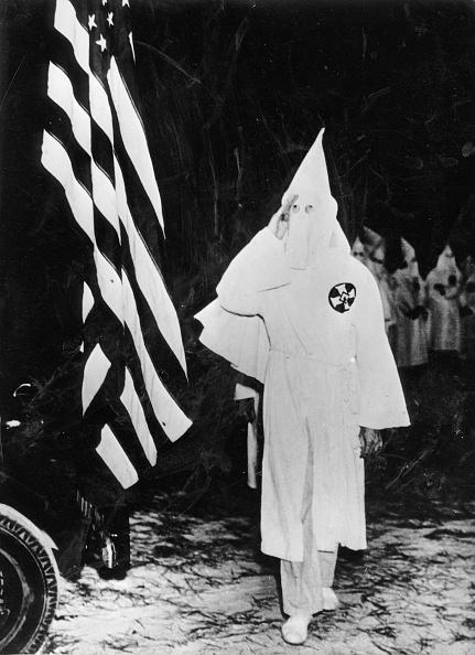 Prejudice「Members of the Ku Klux Klan saluting the american flag, Photograph, America, October 18th 1937」:写真・画像(14)[壁紙.com]