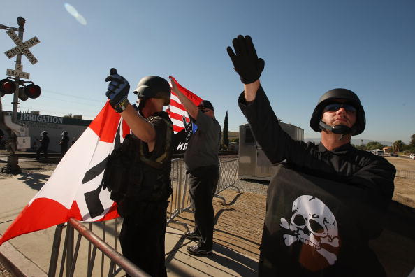 Crisis「Members Of National Socialist Movement Hold Anti-Immigration Rally」:写真・画像(5)[壁紙.com]
