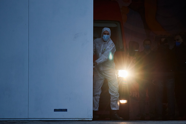 Spain「Spain Extends Coronavirus Lockdown As Death Toll Rises」:写真・画像(10)[壁紙.com]
