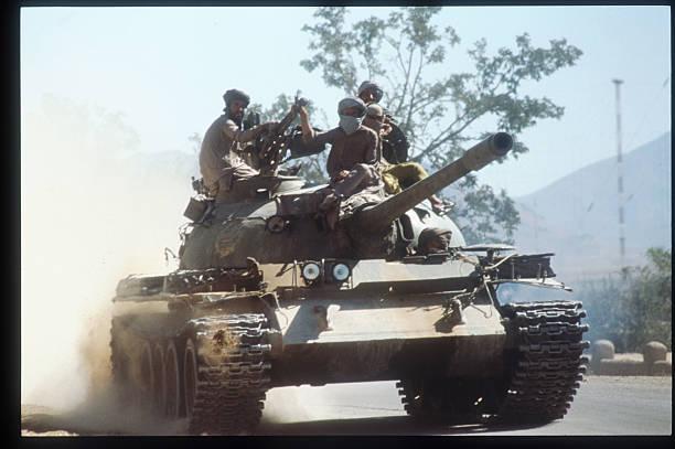 Taliban Hold Line Around War-Torn Kabul:ニュース(壁紙.com)