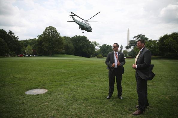 Security「Preisdent Obama Departs White House For Trip To California」:写真・画像(5)[壁紙.com]