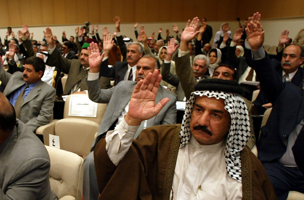 Iraq「Members Of Iraqi Parliament Vote On U.N. Resolution」:写真・画像(17)[壁紙.com]