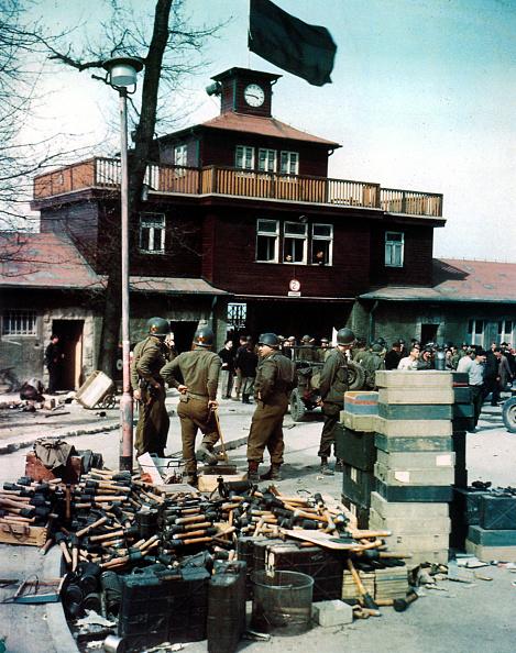 Civilian「Buchenwald Liberated」:写真・画像(19)[壁紙.com]