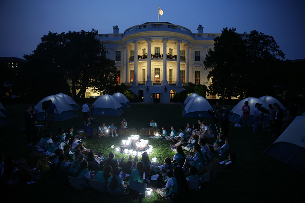 First Occurrence「President, First Lady Host Girls Scouts At First-Ever White House Campout」:写真・画像(19)[壁紙.com]