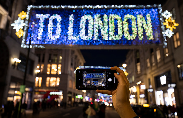 Oxford Street - London「Oxford Street Christmas Lights - Switch-On」:写真・画像(3)[壁紙.com]