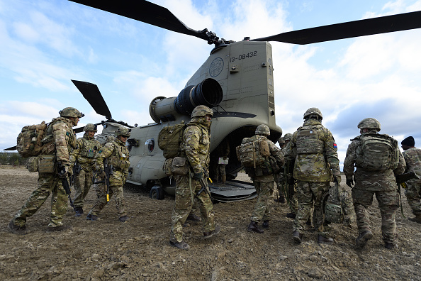 CH-47 Chinook「The British Military On A Global Stage」:写真・画像(4)[壁紙.com]