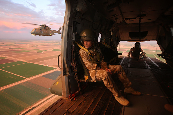 British Military「Members Of The UK's Royal Air Force Train With Merlin Helicopters In Calif.」:写真・画像(12)[壁紙.com]