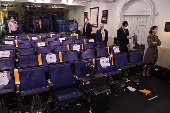 Press Room「White House Coronavirus Task Force Holds Daily Briefing At The White House」:写真・画像(18)[壁紙.com]