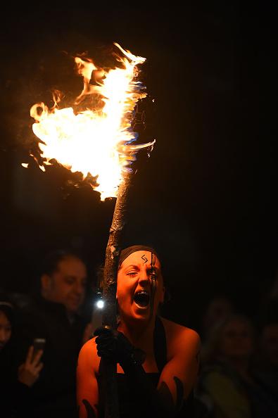 お祭り「Samhuinn Fire Festival On The Royal Mile Marks The Start Of Winter」:写真・画像(19)[壁紙.com]
