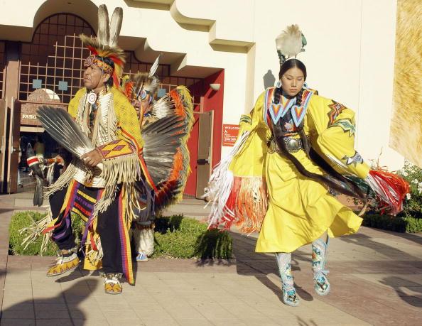Stephen Shugerman「American Indian College Fund Gala - Arrivals」:写真・画像(18)[壁紙.com]