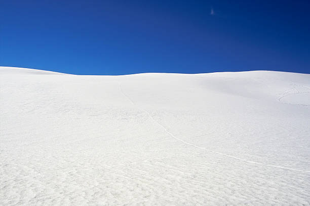 Snow Dunes:スマホ壁紙(壁紙.com)