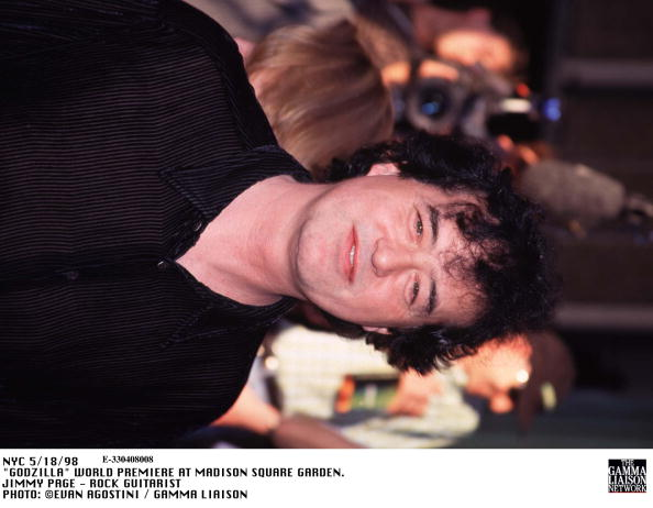 1998年映画 ゴジラ「Godzilla World Premiere At Madison Square Garden Jimmy Page Rock Guitarist」:写真・画像(13)[壁紙.com]