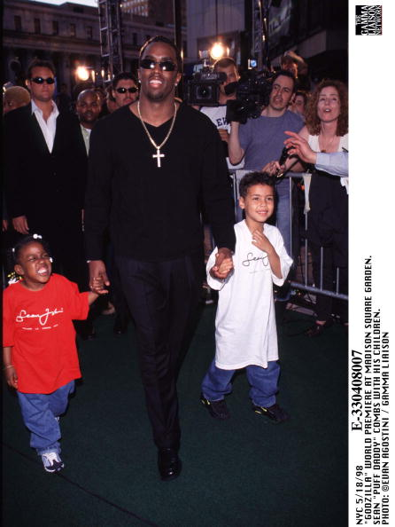 1998年映画 ゴジラ「Godzilla World Premiere At Madison Square Garden Sean Puff Daddy Combs」:写真・画像(7)[壁紙.com]