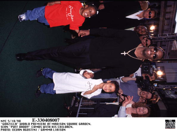 1998年映画 ゴジラ「Godzilla World Premiere At Madison Square Garden Sean Puff Daddy Combs」:写真・画像(12)[壁紙.com]