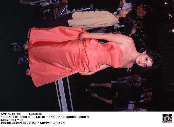 1998年映画 ゴジラ「Godzilla World Premiere At Madison Square Garden Gaby Hoffman」:写真・画像(9)[壁紙.com]