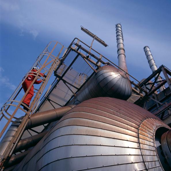 Recreational Pursuit「Production tanks, vinyl production plant,  Wirrell, England.」:写真・画像(14)[壁紙.com]