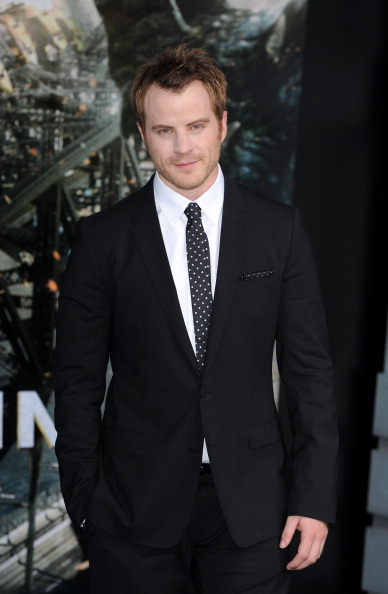 Eamonn M「Pacific Rim - European Premiere - Red Carpet Arrivals」:写真・画像(16)[壁紙.com]