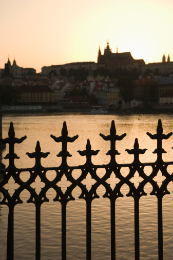 St Vitus's Cathedral「Silhouetted fence post and river」:スマホ壁紙(7)