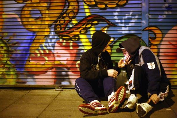 Grounds「Government Unveils Respect Zones To Combat Anti Social Behavior」:写真・画像(12)[壁紙.com]