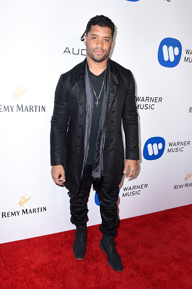 Cross Shape「Warner Music Group GRAMMY Party - Red Carpet」:写真・画像(12)[壁紙.com]
