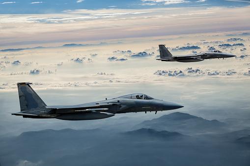 Two Objects「F-15 Eagles in Flight」:スマホ壁紙(3)