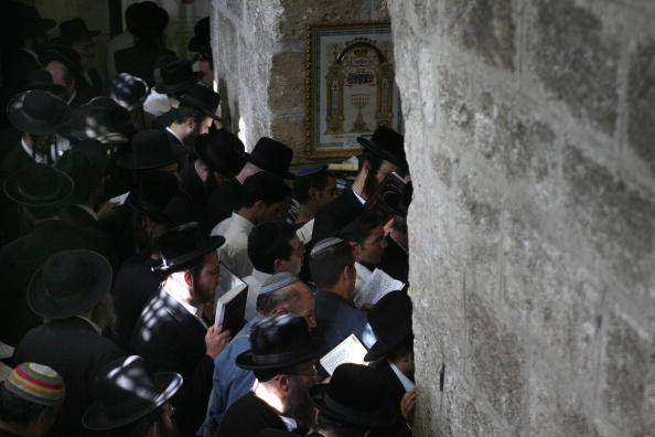 West Bank「Ultra-Orthodox Jews Pray At Biblical Matriarch Rachel's Tomb」:写真・画像(11)[壁紙.com]