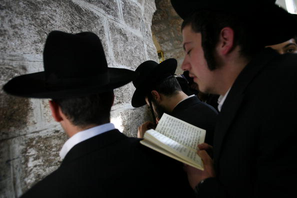 West Bank「Ultra-Orthodox Jews Pray At Biblical Matriarch Rachel's Tomb」:写真・画像(10)[壁紙.com]