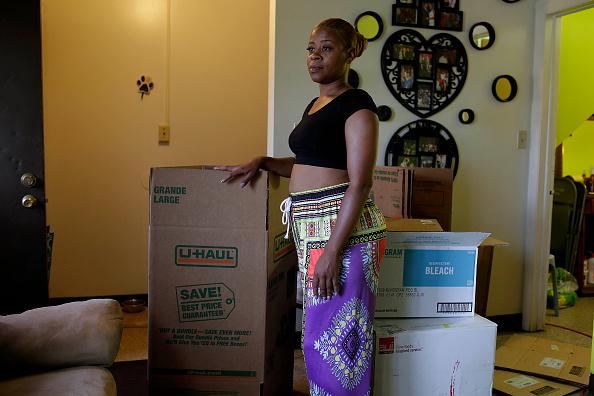 Environmental Protection Agency「Hazardous Levels Of Lead Plague East Chicago Housing Complex」:写真・画像(19)[壁紙.com]
