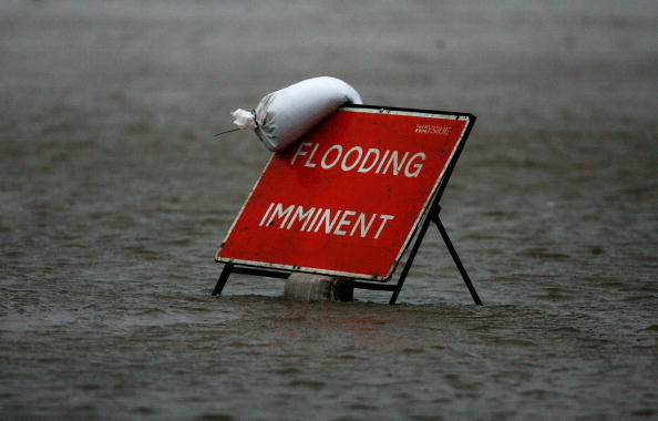 Risk「Severe Weather Conditions Hit The UK」:写真・画像(1)[壁紙.com]