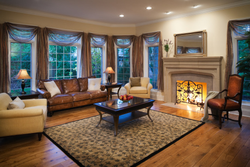 Curtain「Lovely residential living room with burning fireplace.」:スマホ壁紙(18)