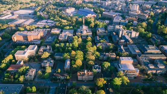 Southern USA「Aerial over the University of North Carolina in the Spring」:スマホ壁紙(12)