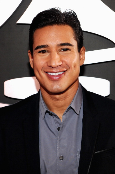 Mario Lopez「The 54th Annual GRAMMY Awards - Red Carpet」:写真・画像(10)[壁紙.com]