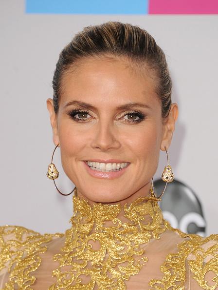 Jewelry「The 40th American Music Awards - Arrivals」:写真・画像(3)[壁紙.com]