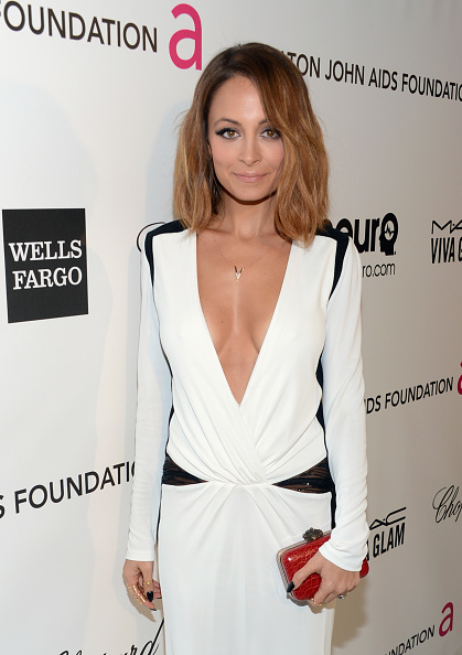 Brown Hair「21st Annual Elton John AIDS Foundation Academy Awards Viewing Party - Red Carpet」:写真・画像(5)[壁紙.com]