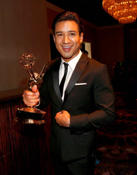 The Beverly Hilton Hotel「The 41st Annual Daytime Emmy Awards - Backstage And Audience」:写真・画像(10)[壁紙.com]