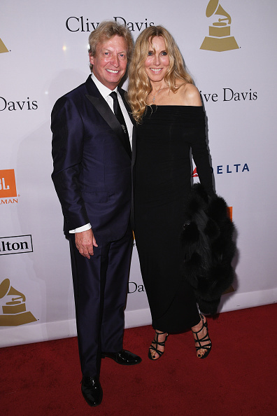 Blue Pants「Clive Davis' and the Recording Academy's 2017 Pre-GRAMMY Gala and Salute To Industry Icons Honoring Debra Lee - Arrivals」:写真・画像(17)[壁紙.com]